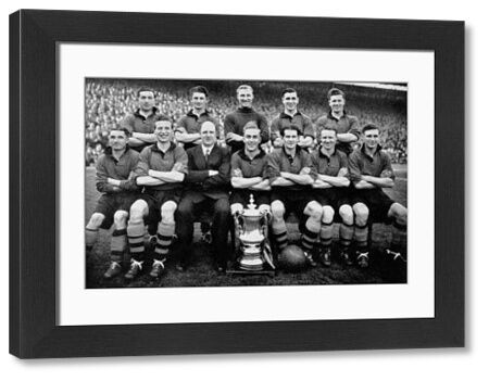 Wolves' FA Cup winning team: (back row, l-r) Bill Crook, Roy Pritchard, Bert Williams, Bill Shorthouse, Terry Springthorpe; (front row, l-r) Johnny Hancocks, Sammy Smyth, manager Stan Cullis, Billy Wright, Jesse Pye, Jimmy Dunn, Jimmy Mullen