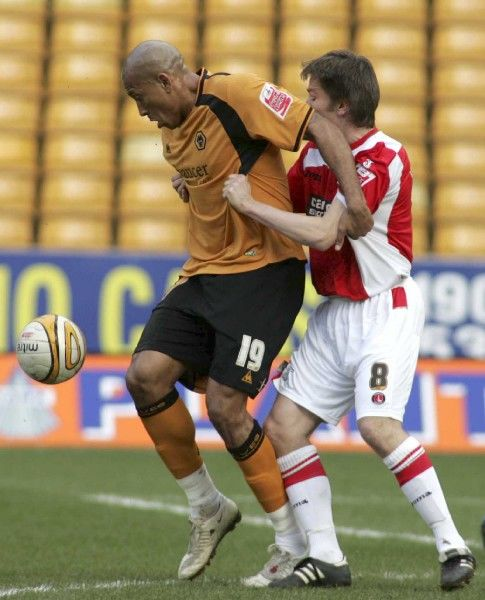 Football - Wolverhampton Wanderers v Charlton Athletic - Coca-Cola Football League Championship - Molineux - 08/09 - 14/3/09 Chris Iwelumo (L) - Wolverhampton Wanderers in action against Matt Holland - Charlton Athletic Mandatory Credit: Action