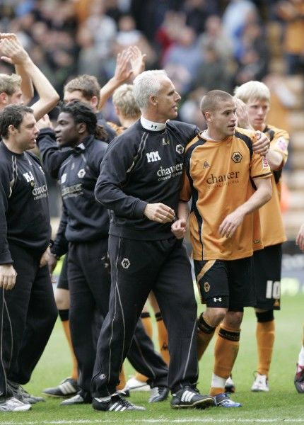 Football - Wolverhampton Wanderers v Coventry City - Coca-Cola Football League Championship - Molineux - 08/09, 18/10/08 Mick McCarthy - Wolverhampton Wanderers Manager and Michael Kightly celebrate Mandatory Credit: Action Images / Peter Ford