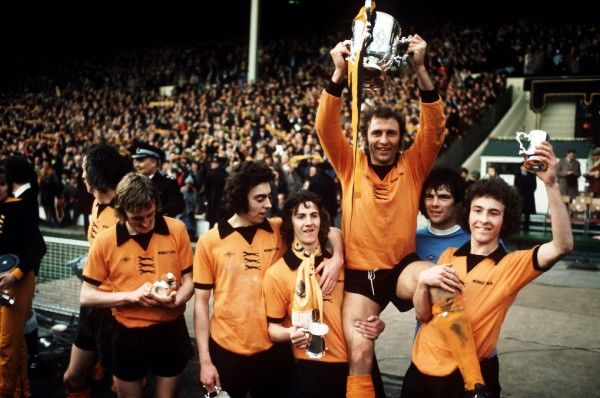 The victorious Wolverhampton Wanderers team celebrate their win