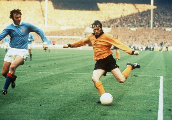 Glyn Pardoe, Manchester City, Dave Wagstaff, Wolverhampton Wanderers