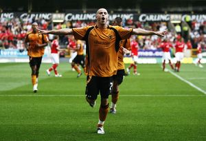 Football - Wolverhampton Wanderers v Nottingham Forest