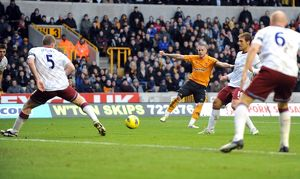 <b>Wolves v Aston Villa</b><br>Selection of 34 items