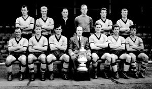 Stan Cullis with the 1960 FA Cup Winning Squad